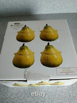 Le Creuset Mini Stoneware Set of 4 Petit Pear Casserole Cocotte Dish 12 oz EUC