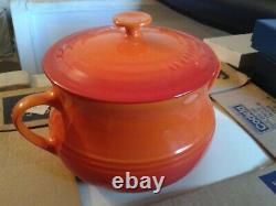 Le Creuset volcanic orange 6 bean pots + 1 large serving pot NEW