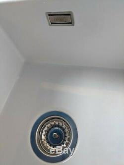 Thomas Denby Metro (1.5 Bowl) Ceramic Undermount Sink 600mm & Waste