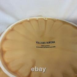 William Sonoma Pumpkin soup Tureen w /lid with 8 pumpkin bowls with lids